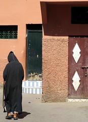 morocco (gerben more) Tags: man streetscene morocco marrakech marrakesh marokko kasbah