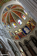 Catedral de Almudena (Gustavo Lima Niemeyer) Tags: madrid espaa niemeyer canon rebel spain espanha lima almudena catedral gustavo 2014 madri xti 400d