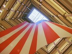 Dream big (rwchicago) Tags: summer chicago retail flag vertigo americanflag patriotic departmentstore fourthofjuly macys 4thofjuly july4 patriotism marshallfields