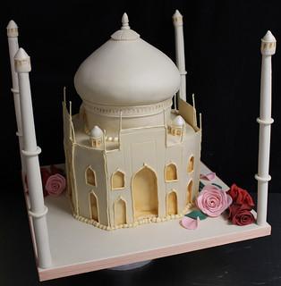 Taj Mahal Cake med