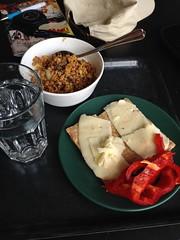 Frukost 28/7 (Atomeyes) Tags: fil mat granola paprika vatten ost musli knckebrd