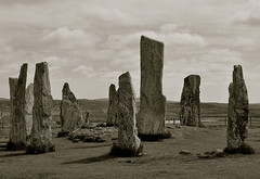 callanish standing tones (plot19) Tags: uk west stone standing island photography scotland nikon northwest britain north lewis cycle western outer northern isle hebrides plot19