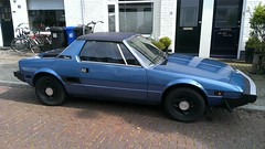 Fiat X1/9 Sport 1500 (sjoerd.wijsman) Tags: auto blue holland cars netherlands car blauw fiat nederland thenetherlands voiture bleu vehicle holanda autos paysbas voorburg olanda fahrzeug niederlande targa zuidholland bertone carspotting fiatx19 x19 fcar carspot bertonex19 sidecode4 fh53xh