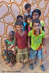 Jaffna, Kids and grandmother near Theverir Kulam (Sekitar) Tags: kids children fun grandmother sri lanka srilanka northern jaffna province anak kulam wewa northernprovince theverir