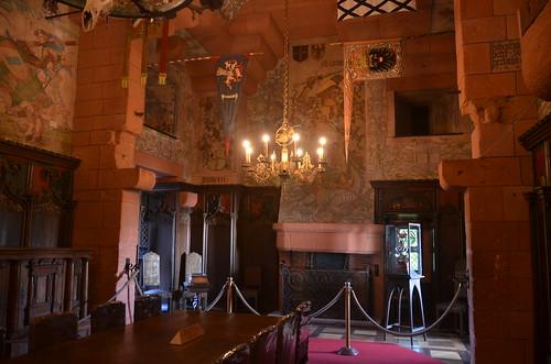 Le château du Haut-Koenigsbourg.La salle du Kaiser.1