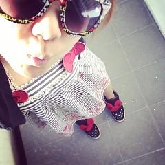 #รูปเมื่อวาน #โบว์เยอะไปป่ะ  #hellokitty #redribbon