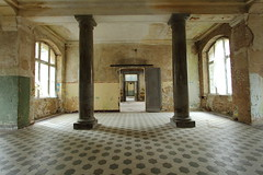 """Beelitz • <a style=""""font-size:0.8em;"""" href=""""http://www.flickr.com/photos/37726737@N02/15211306916/"""" target=""""_blank"""">View on Flickr</a>"""