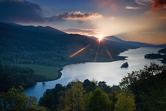 Queen's View (scrimmy) Tags: sunset scotland highlands lochtummel queensview schiehallion