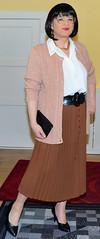 Birgit023828 (Birgit Bach) Tags: pleatedskirt faltenrock blouse bluse cardigan strickjacke