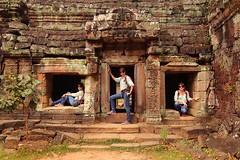 R27A4890_e (Dariusz Laszczyk) Tags: cambodia siemreap people angkor taprohm