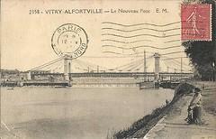 formidable-CPA-Vitry-Alfortville-Le-Nouveau-Pont-1960 (gpmetropole) Tags: cpa vitry port à l anglais edf centrale electrique ardoines