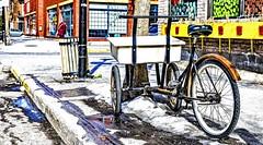 Le transporteur / The Transporter (Gilles Meunier photo) Tags: transporter transporteur montreal byke bélo bycyclette city urban delivery livraison