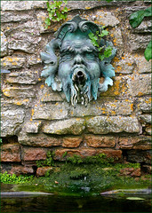 Not Much To Spray! (Canis Major) Tags: fountain droplets carving gloucestershire greekgod snowshillmanor