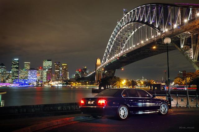 bridge blue night lights harbour sydney australia bmw 7series sydneyharbour sydneyharbourbridge 7er 740 e38 740il