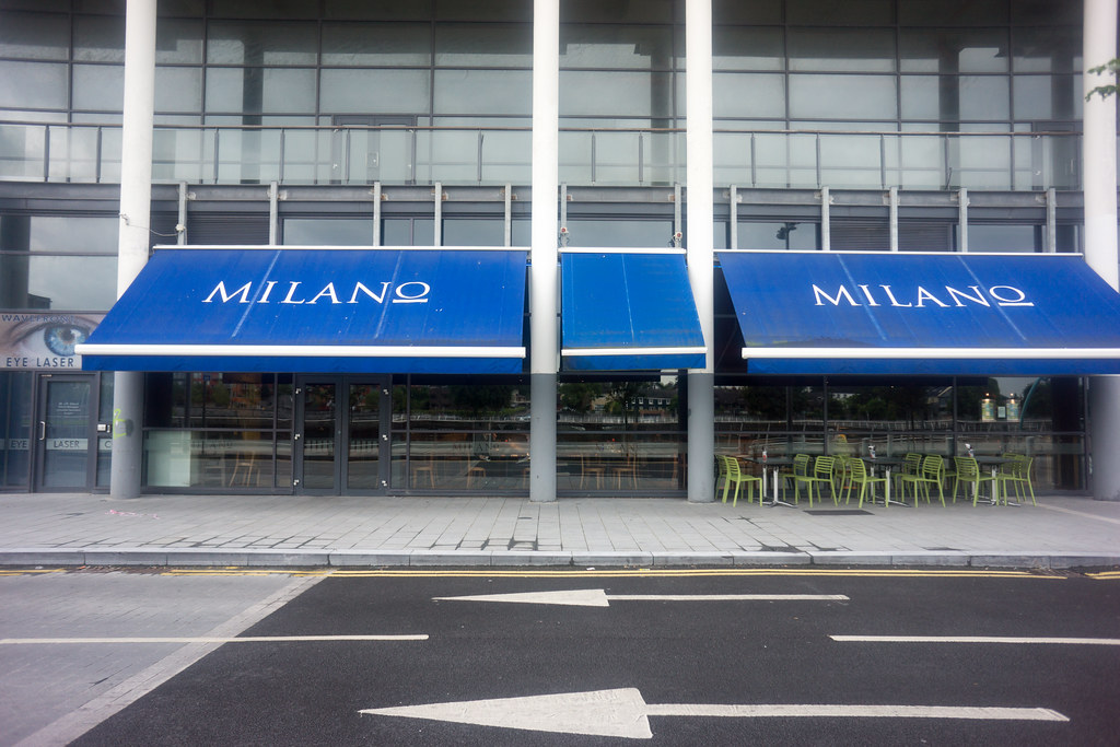 SARSFIELD BRIDGE AREA OF LIMERICK - MILANO RESTAURANT