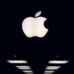 cameraphone blackandwhite bw toronto ontario canada apple... (Photo: JeffStewartPhotos on Flickr)