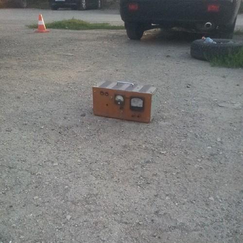 Застолбиметр парковочного места :)