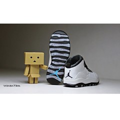 923225_10201884472256783_2652341067287582856_n (WovenTam) Tags: toys jordan danbo danboard aj10 minidanboard