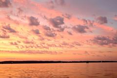 Sonnenmalerei (Manuel Eumann) Tags: longexposure light sunset sun color water abend licht wasser sonnenuntergang dämmerung ostsee schleswigholstein farben flensburg langzeitbelichtung manueleumann fujixt1
