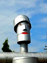 Gort Wannabe (e r j k . a m e r j k a) Tags: washington whimsy pennsylvania figure roadside tinman mcdonald erjkprunczyk