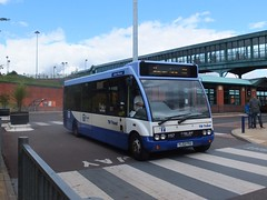 TM Travel 1157 Meadowhall (Guy Arab UF) Tags: travel bus buses sheffield group solo tm interchange meadowhall 1157 optare m850 wellglade wellgladegroup yl02fku