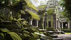 Ta Phrom (Arkinien) Tags: morning roof building stone architecture facade religious temple moss sandstone asia cambodia khmer columns ruin corridor entrance boulder jungle tropical siemreap bloc hindu taphrom rudimentary collapsing angkorian jayavarmanvii bayonstyle rajavihara