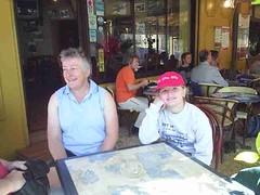 mot-2006-remoulins-pic_0043_godmother-goddaughter_800x600