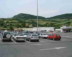 mot-2002-riviere-sur-tarn-geant-car-park2_750x600