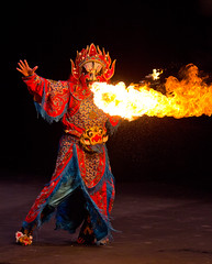Sichuan Spitfire (MecCanon [DatAperture]) Tags: show china canon fire eos is opera comedy university mask performing arts event albany suny chinois sichuan 70200 f4l 60d