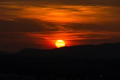 Downhill (montagestaender) Tags: sonne sun abendrot sunset sonnenuntergang farben colors wolken clouds himmel sky schaumberg sanktwendel saarland pentax pentaxkx