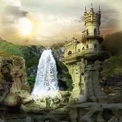 Swallow's nest (jaci XIII) Tags: ninhodeandorinha rochedo castelo penhasco paisagem água swallowsnest cliff castle water landscape