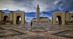 The Hassan II Mosque (T Ξ Ξ J Ξ) Tags: morocco casablanca fujifilm xt1 teeje fujinon1024mmf4 hassan mosque masjid