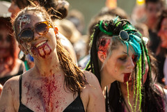 Zombie Walk 2014 -14-4361.jpg (Fred (Mi.Femme.Mi.Fouine)) Tags: france lyon summercamp zombiewalk pentaxk10d pentaxart zombiewalk2014