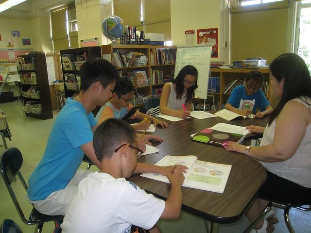 신문활동 수업 사진