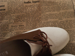 shoepaper (Surly Dylan) Tags: fashion vintage prime shoes minolta olympus retro e300 evolt rokkor