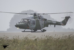 DSC_0320 (Sam Whitfield Photography) Tags: training army bell helicopter area salisbury plain lynx raf 212 aac spta