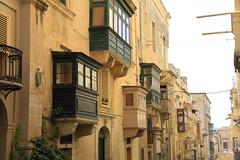 IMG_7567 (boaski) Tags: voyage street city travel summer urban tourism architecture town belt sommer malta tourist architektur tourisme reise valletta valetta mediterranian turist mittelmeer turisme syden maltease middlesea turismus maltesisch middelhav