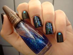 Paz e Amor (NailArtNat) Tags: art azul glitter nail polish nat impala brilho unha esmalte artística decorada flocado