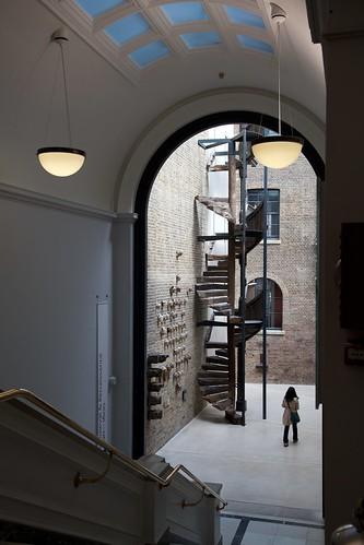 V&A: Simon Sainsbury Gallery