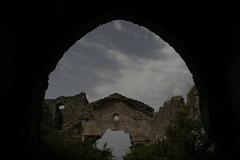 ruderi della chiesa (tammaro alessandra) Tags: chiesa pietra arco calabria rovine diamante ruderi cirella