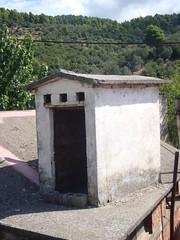 Περιστερώνας (Pipika) Tags: pigeonhouse pigeonholes περιστερώνασ