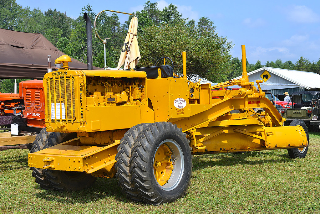 Old Antique Caterpillar Tractors : The world s best photos of antique and caterpillar