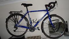 Hewitt Cheviot Touring Bike Flamboyant Blue (Large) (drbw120367) Tags: hewittcheviotinflamboyantbluelarge shimano xtr xt dura ace chris king deda thomson kcnc dt swiss continental gator hardshell alpine iii oversize100 elitex4avidshorty6duraacestidtswisstk540chriskingsramcateyenimacateyeld600ptfeduraacecablethomsonskscontinentalgatorhardshellblackburncl2ex2reynolds631700x28 tourer racing handlebars touring bike retro pannier bolts bespoke reynolds elite x4 hudz donuts orings ptfe spokes black mudguards hewitt cycles crystal swarovski presta valve mountain mudflap friction index 443222t bars stem seatpost saddle b17 special carbon spacers 272mm 318mm 18 1132t 28mm 1725mm 116l cheviot large flamboyant blue 700c 36h steel british vintage frame