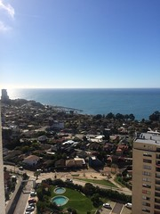 La vista de mi nuevo mundo (davidruiz0002) Tags: life sun building daylight day apartment bright cloudy concón thisislife citiesofchile