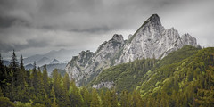 Ausblick beim Rotwandhaus /Spitzingsee (memories-in-motion) Tags: alpen alps mountain nature natur outdoor view stone rocks rotwand canon 5d 2470mm clouds hiking bayern germany bavaria trees gipfel summit