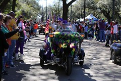 IMGL6289 (komissarov_a) Tags: neworleans louisiana usa faces 2017 mardigras weekend parade iris tucks endymion okeanos midcity krewe bacchus nola joy celebration fun religion christianiy february canon 5d m3 komissarova streetphotography color rgb police crowd incident girls gentlemen schools band kids boats float neclaces souvenirs ledders drunk party dances costumes masks events seafood stcharles festival music cheerleaders attractions tourists celebrities festive carnival alcohol throws dublons beads jazz hospitality collectors cups toys inexpensive route doubloons wooden aluminum super
