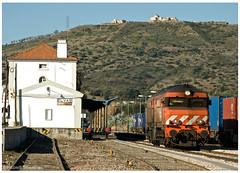 Elvas 04-02-12 (P.Soares) Tags: comboio carga cpcarga caminhodeferro cp portugal portugalferroviário train trains tren transportesxxi lusocarris terminalintermodal