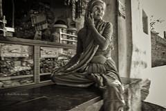 ANEGUNDI : À LA PETITE ÉPICERIE (pierre.arnoldi) Tags: inde india épicerie anegundi karnataka pierrearnoldi photoderue photooriginale photonb