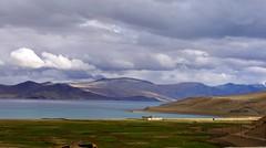 Approaching Tso Moriri (Tomas Pfeifer) Tags: lake water ladakh himalayas himalaya mountains landscape india tsomoriri