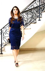 What to Wear to a Dinner Date or Party | Blue Lace Cocktail Dress Outfit | Shilpa Ahuja (shilpaahujadotcom) Tags: datenight eveningdress eveningoutfit datenightoutfit ideas fashionstyle style datestyle eveningfashion lacedress romantic shilpaahuja datefashion blue makeup beauty lace dress statement